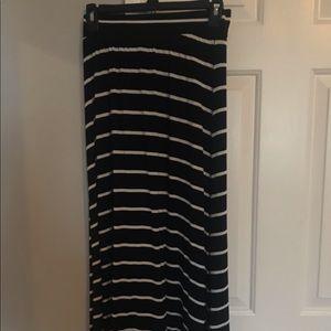 Girls size XL black and white striped maxi skirt.
